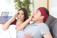 Pasangan Gugup Saat Ngobrol Bisa Jadi Tanda-Tanda Selingkuh