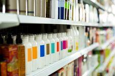 BPOM: Lebih dari 100  Merek Kosmetik Mengandung Bahan Berbahaya