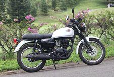 Kawasaki Retro 175 Cc Buatan Indonesia Siap Melancong