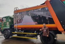 Truk Compactor, Cegah Agar Air Sampah Tak Berceceran di Jalan