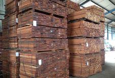 Produk Kayu Olahan Merbau Uji Asal Semarang Coba Ekspor ke AS