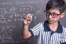 Teknologi, Pengusir Hantu Matematika!