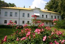 Yasnaya Polyana, Rumah Leo Tolstoy dan Tempat Lahirnya Anna Karenina