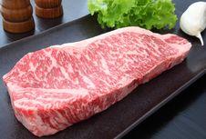 Sering Makan Daging Merah Tingkatkan Risiko Kematian Dini