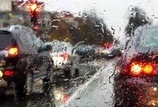 Perhatikan Empat Komponen Ini di Musim Hujan