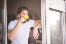 5 Minuman Sehat yang Cocok untuk Memulai Hari Lebih Semangat
