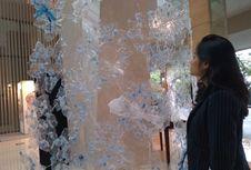 """'Say No to Plastic"""", Hotel di Bandung Ganti Dekorasi Natal dengan Sampah"""