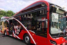 Naik Bus Umum di Surabaya Bayarnya Pakai Botol Plastik