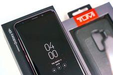 Melihat Isi Kemasan Galaxy S9 Plus Versi Retail Indonesia