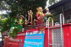Menikah di Yogyakarta, Pelaminannya Mobil Damkar, Maharnya Teks Pancasila