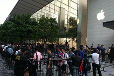 Jelang Penjualan iPhone X di Singapura, Antrean Dibagi Dua Kelompok
