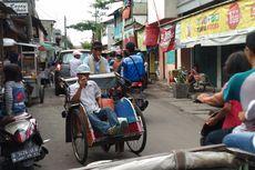 Tukang Becak Menunggu Perwujudan Rencana Anies