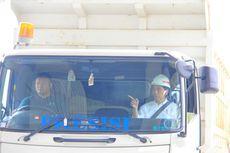 Naiki Truk, Jokowi Isyaratkan Tol Lampung Jalur Logistik Nasional