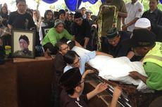 Deddy Sutomo Dimakamkan di TPU Tanah Kusir