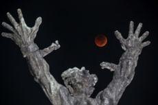 Foto: Penampakan Gerhana Bulan Total di Luar Angkasa dan Seluruh Dunia