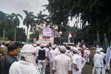 Massa Unjuk Rasa di Balai Kota Bogor Tuntut Penerbitan Perda Anti-LGBT