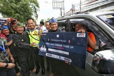 Di Bandung, Tertib Berkendara di Persimpangan Jalan Dapat Hadiah