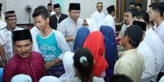 Jaring Aspirasi Warga Semarang, Hendrar Jalankan Sholat Isya Berjamaah