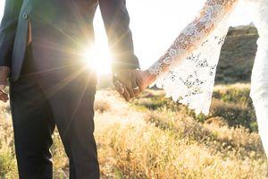Bertemu di Kebun Cengkeh, Kisah Cinta Terpaut Usia 45 Tahun Ini Berlanjut ke Pelaminan