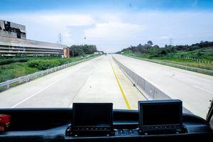Siang Ini, Bus Trans-Jawa Beroperasi Perdana