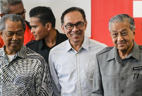 Anwar Ibrahim Bantah Adanya Upaya Menggulingkan Mahathir
