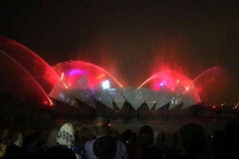 Mendengar Bisik-bisik Anak Padang di Wings of Time Singapura...