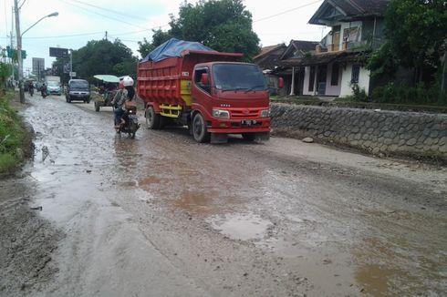Waskita Hanya Perbaiki 2 Kilometer Jalan Rusak di Kendal