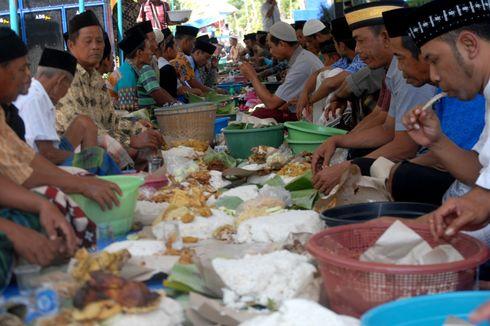 Mengintip Tradisi Apitan Desa Guci, Warga Santap 500 Ekor Ayam