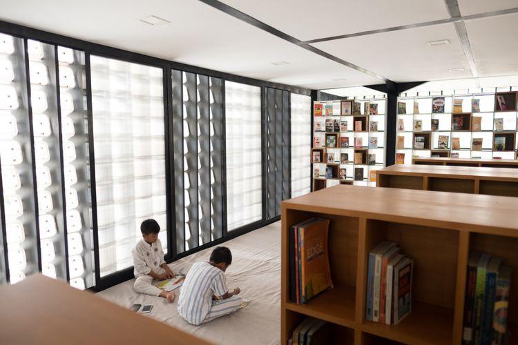 Interior Microlibrary Bandung