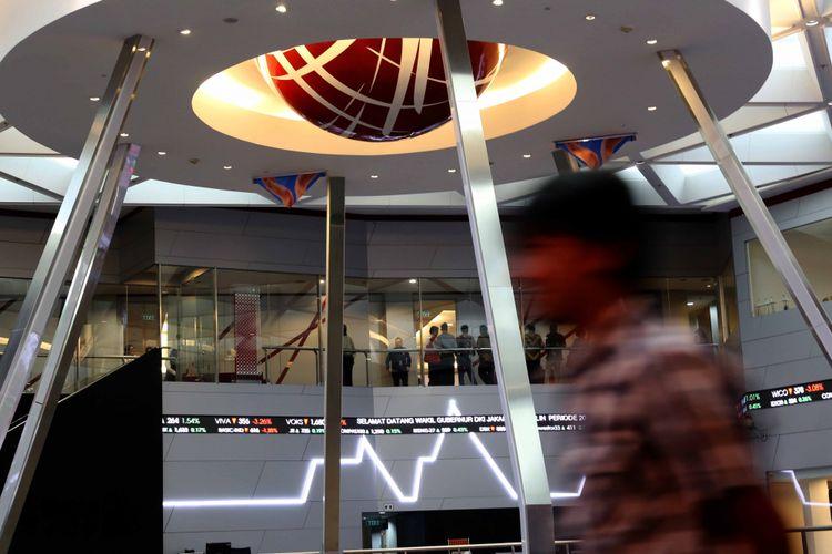 Pergerakan Indeks Harga Saham Gabungan (IHSG) di Bursa Efek Indonesia (BEI), Jakarta, Jumat (2/6/2017).