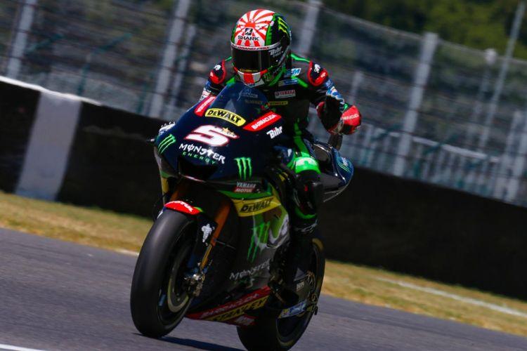 Pebalap Monster Yamaha Tech3 asal Perancis, Johann Zarco, memacu motornya pada hari kedua GP Italia di Autodromo del Mugello, Sabtu (3/6/2017).