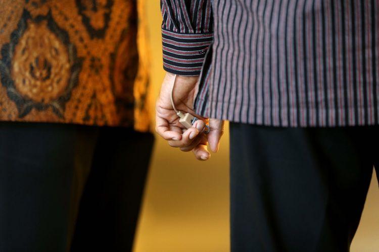 Pasukan Pengamanan Presiden (Paspampres) melakukan pengamanan di Bursa Efek Indonesia (BEI), Jakarta, Selasa (4/7/2017). Pengamanan Presiden Joko Widodo dalam rangka kunjungan kerja dan dialog ekonomi dengan para pelaku pasar modal.