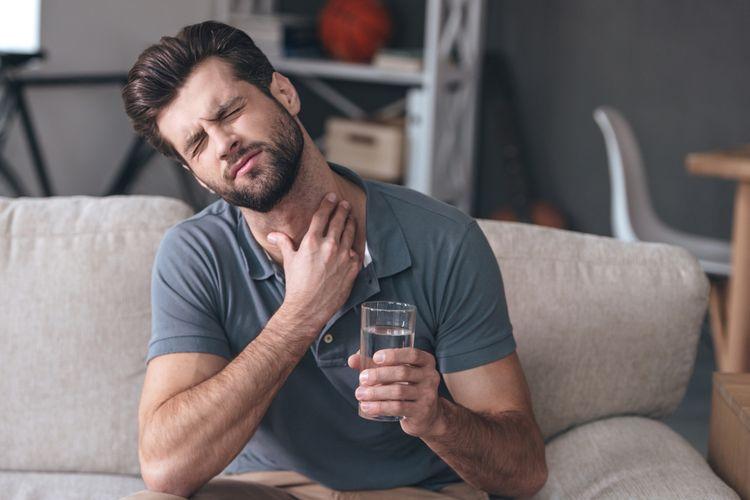 Ilustrasi sakit tenggorokan, panas dalam