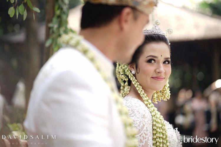Raisa dan Hamish Daud menjalani akad nikah di Hotel Ayana Midplaza Jakarta, Minggu (3/9/2017).