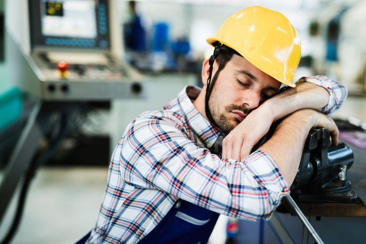 Ilustrasi tertidur di tempat kerja