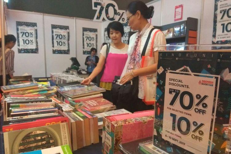 Indonesia International Book Fair menawarkan diskon buku sampai 70 persen.