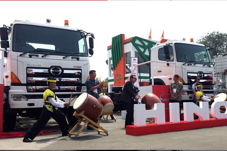 Hino luncurkan truk matik kompas truk heavy duty terbatu bertransmisi otomatis milik hino untuk beroperasi di medan off road altavistaventures Gallery