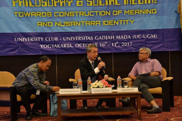 5th International Conference on Nusantara Philosophy? yang mengambil tema Philosophy and Social Media: Towards Construction of Meaning and Nusantara Identity di University Club (UC) Universitas Gajah Mada (UGM) Yogyakarta, Rabu (11/10/2017) siang.