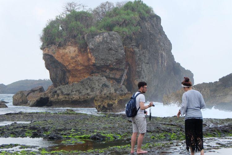 Jungwok Pantai Berpasir Putih Di Selatan Yogyakarta