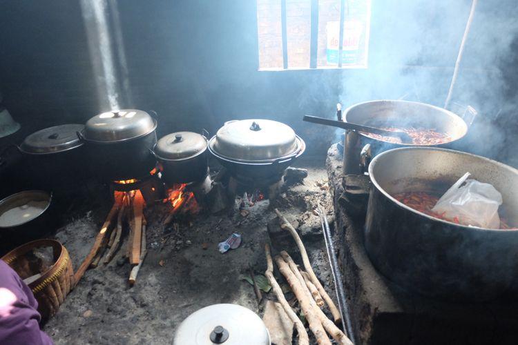 Dapur tradisional Mbah Marto di Bantul, Yogyakarta.
