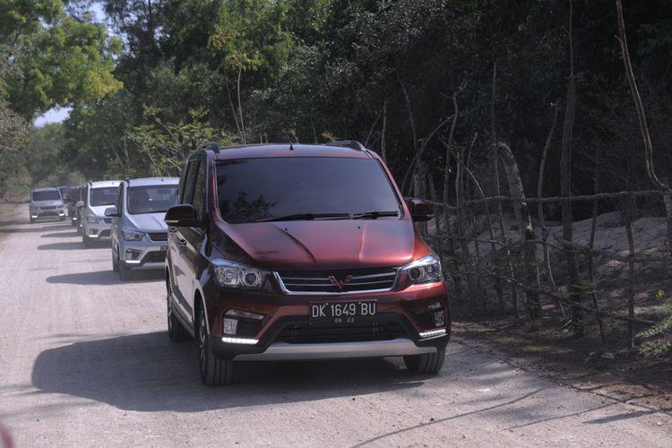 Wuling Confero S test drive Bali 2017.