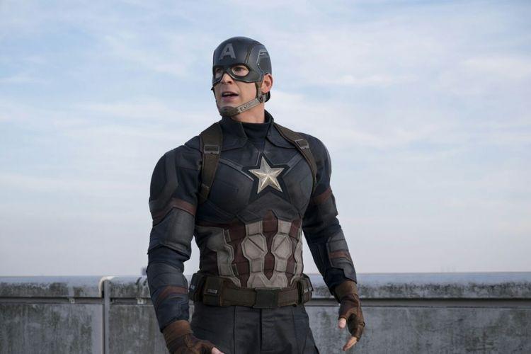 Aktor Chris Evans sebagai Captain America