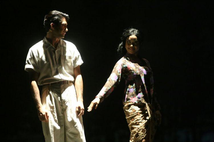 Reza Rahadian berperan di Perempuan Perempuan Chairil.