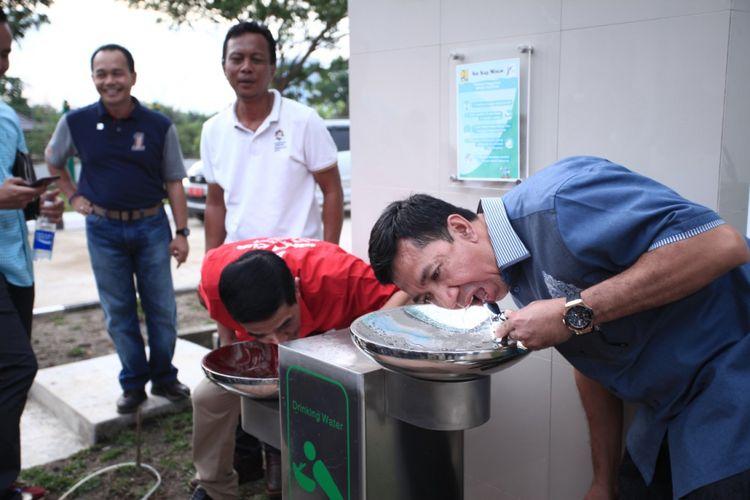 Pemerintah Sumatera Selatan membangun sejumlah fasilitas umum seperti kran air siap minum di kawasan Jakabaring Sport City menjelang pelaksanaan Asian Games 2018.