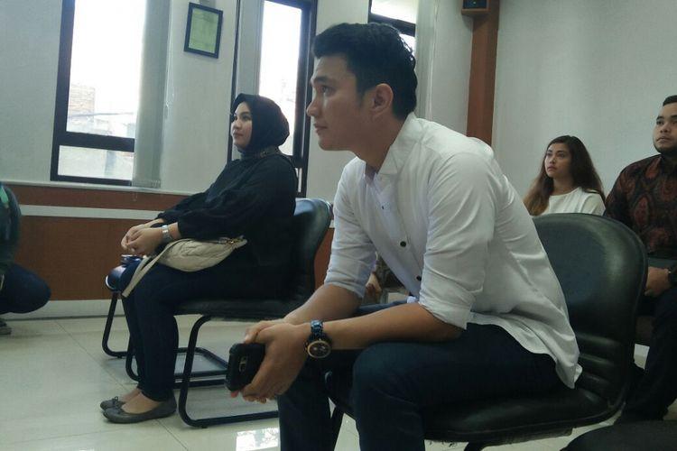 Aldi Taher dan Georgia Aisyah menjalani sidang mediasi perceraian mereka di Pengadilan Agama Jakarta Pusat, Senin (20/11/2017).
