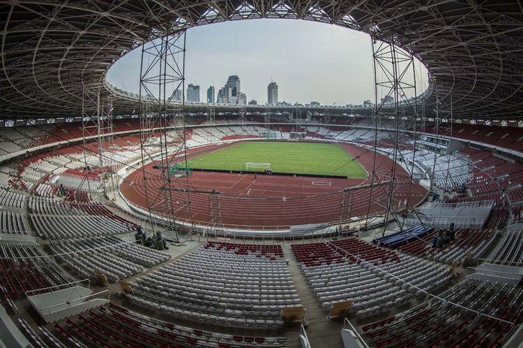 Suasana di Stadion Utama Gelora Bung Karno, Jakarta, yang tengah direnovasi, Rabu (25/10/2017). Renovasi stadion yang akan digunakan pada ajang Asian Games 2018 itu telah mencapai 90 persen.