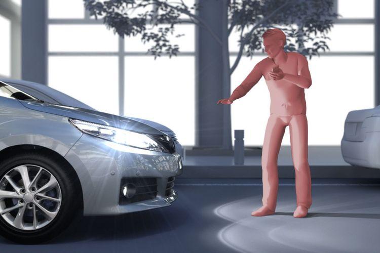 Mengidentifikasi pejalan kaki dan pesepeda di mlam hari sebagai bahaya yang terdeteksi oleh PCS (Pre-Collision System).