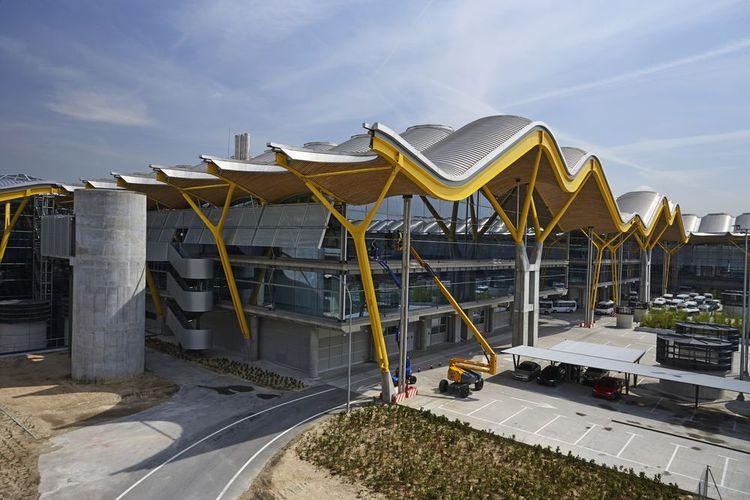 Bandara Madrid Barajas