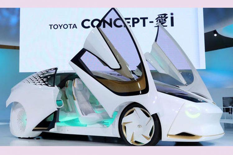 Toyota Concept-i, kendaraan listrik yang menggabungkan teknologi kecerdasan buatan (AI/artificial intelligence) yang dipajang di Tokyo Motor Show 2017.