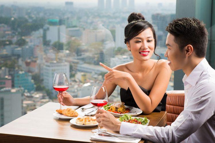 Ilustrasi pasangan makan